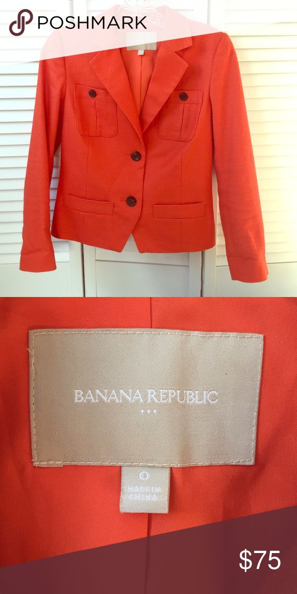 Banana republic short orange blazer Orange is the new black! This burnt orange Banana Republic cotton blazer will add pop to any outfit. Excellent condition! Banana Republic Jackets & Coats Blazers