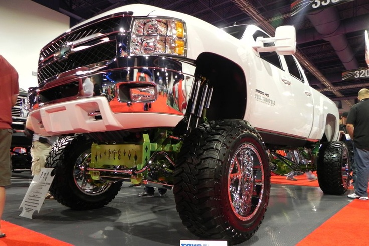 A great looking suspension lift kit from the guys at Full Throttle Suspension.
