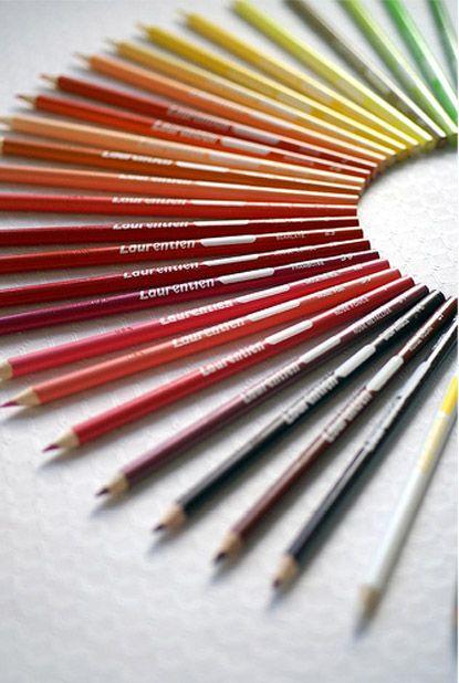 The CANADIAN DESIGN RESOURCE - Laurentien Pencil Crayons