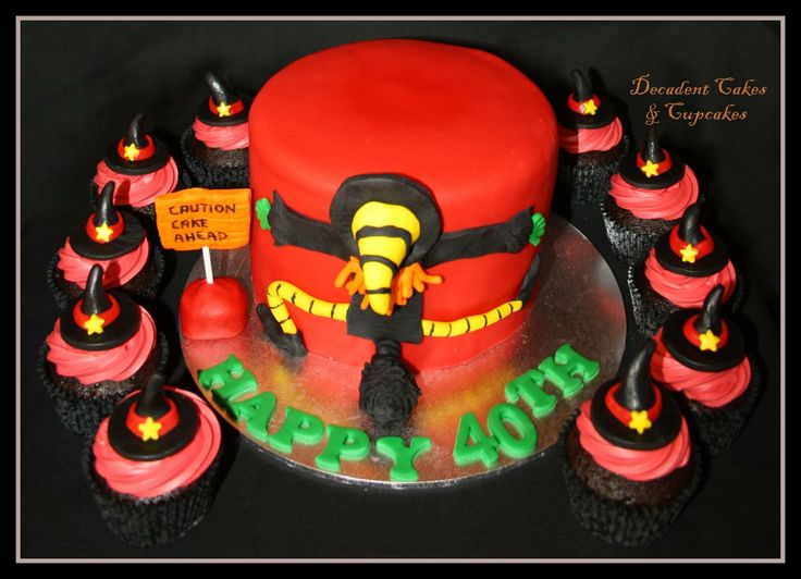 <3 Halloween Cake <3 Made By Decadent Cakes & Cupcakes