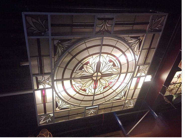 Glas in lood plafond (250x250 cm)    Stained glass Ceiling   Plafondverlichting   Plafonddecoratie   Horeca Interieurbouw   Irish Pub   Engelse pub   Sijf & Dax van Zuilen   Oudewater