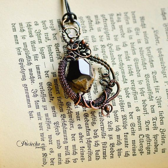 Agate pendant necklace gemstone wire wrapped bohemian