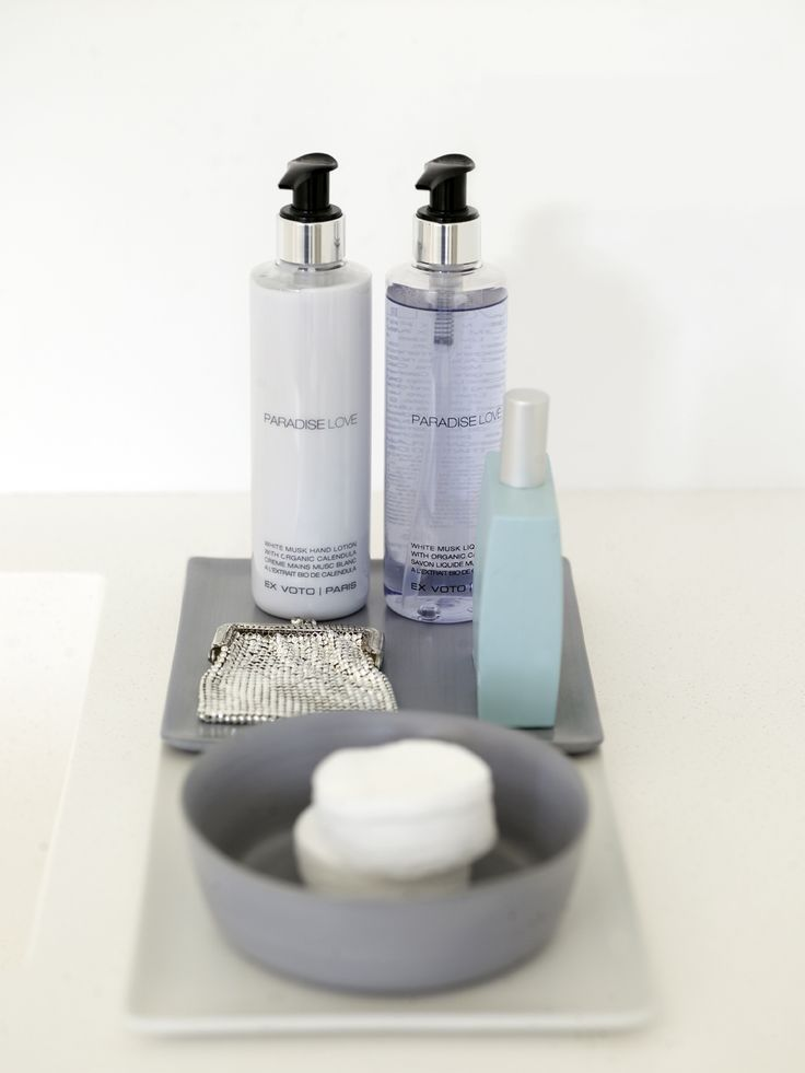 Piet Boon Styling by Karin Meyn | Bathroom paraphernalia