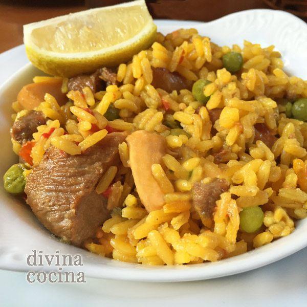 Esta receta de arroz fácil mar y montaña mezcla ingredientes de la pescadería y la carnicería. Esta combinación que te damos gusta mucho a todos.