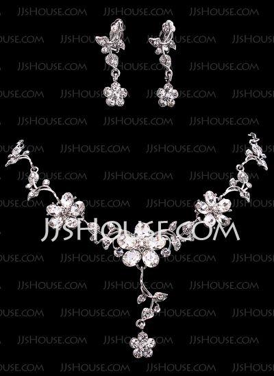 Smykker - $19.99 - Smykker sett Jubileum bryllup engasjement Bursdag Gift Party Alloy med rhinestones sølv Smykker med Rhinestone (011019276) http://jjshouse.com/no/Smykker-Sett-Jubileum-Bryllup-Engasjement-Bursdag-Gift-Party-Alloy-Med-Rhinestones-Solv-Smykker-Med-Rhinestone-011019276-g19276