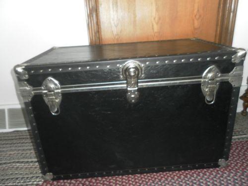 Vintage Black Huge Large Cedar Chest Trunk Storage Ebay Instead Of Coffee Table