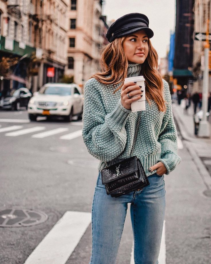 NYC Street style | winter knits | winter style  in 2019