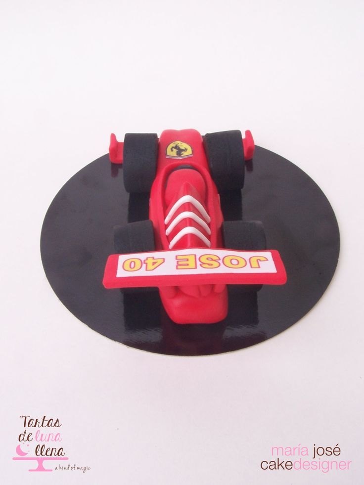 Ferrari F1 Modelado en fondant www.tartasdelunallena.blogspot.com maria jose cake designer