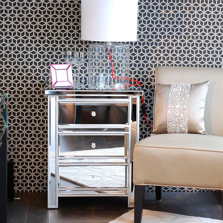- kleine verspiegelte Kommode oder Nachtkästchen mit Umrandung, silber - PURE VELVET - Interior & Home Decoration