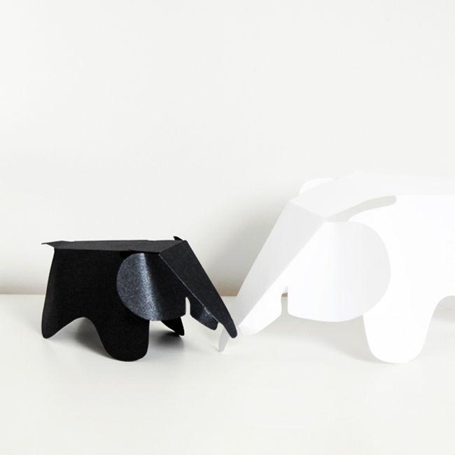Vitra vient de sortir pour les fans de l'ELEPHANT Eames, une version a imprimer sur papier pour réaliser une version pliable DIY de cet objet culte du design... Sortez vos feuilles cartonnés et attaches parisiennes !
