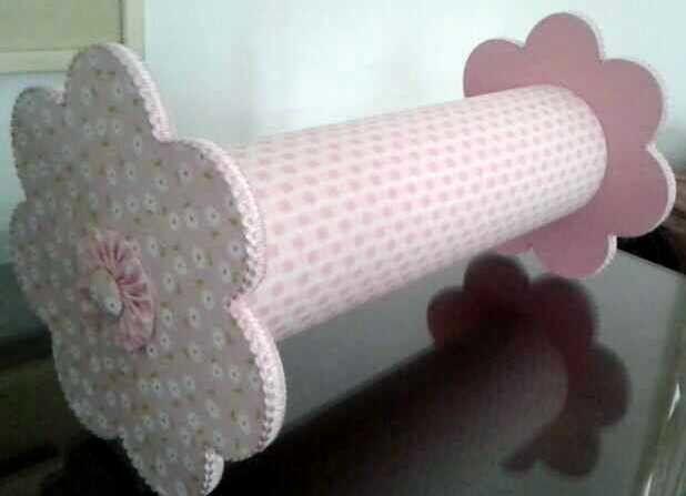 Peça confeccionada para organização das tiaras das princesas!!! Favor verificar a disponibilidade do tecido...