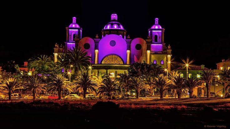 Gran Canaria, Maspalomas, Villa del Conde bei Nacht