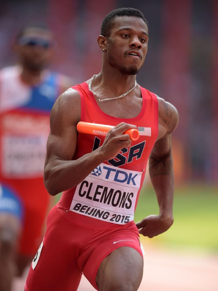 Kyle Clemons shown during the first leg on the United States 4 x 400m relay that won its heat in 2:58.13.  Kirby Lee-USA TODAY Sports, Kirby Lee-USA TODAY Sports