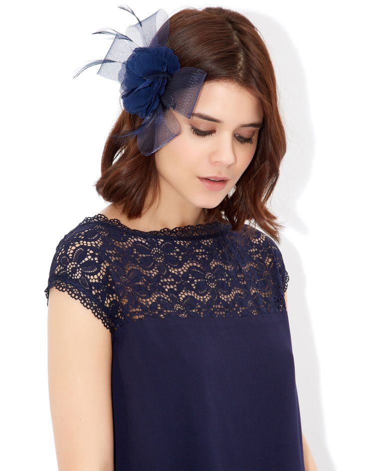 Fleur and Crin Bow on Clip Fascinator   Navy   Accessorize