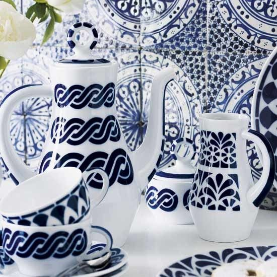 Patterned tiles in blue and white