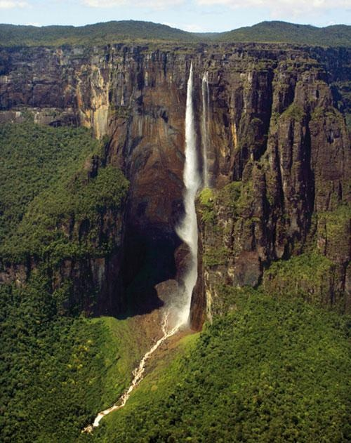 Angel Falls, Gran Sabana, Venezuela #bucket_list #experience #travel #water_fall #catarata #south_america #latin_america