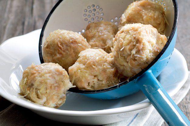 Knedlíky z brambor a rohlíků