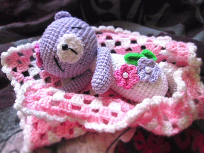 Sleeping teddy bear - FREE crochet pattern