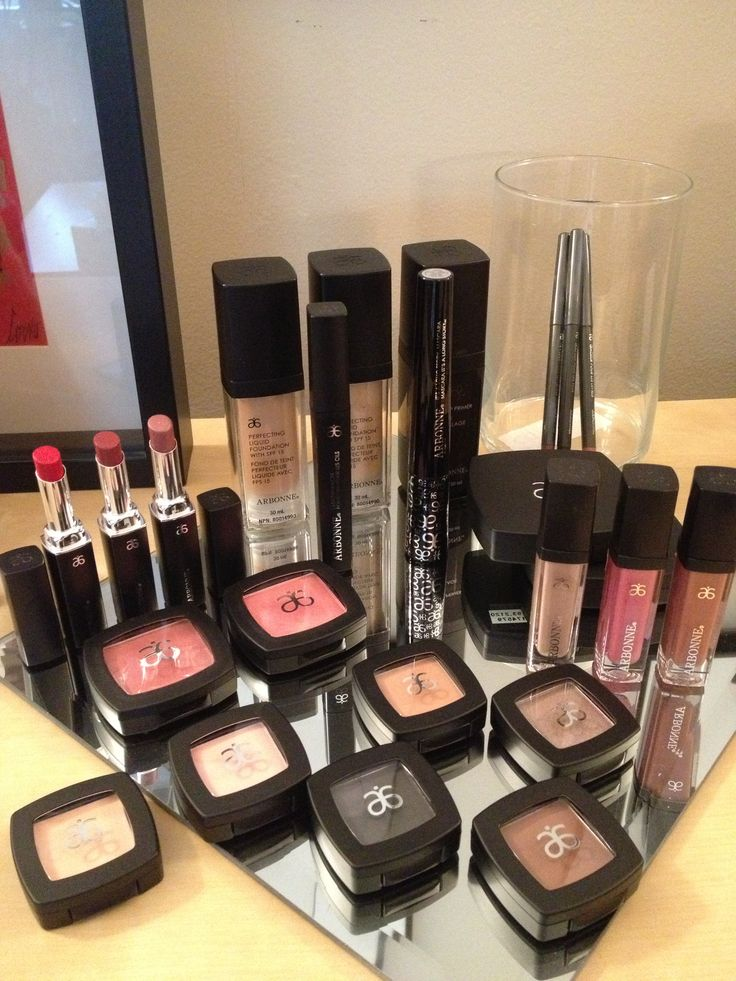 LOVE Arbonne's vegan, gluten free, chemical free makeup!! Everything works together and it actually lasts throughout the day!!
