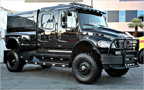 Meet Todays Most Irrelevant Truck  Rigs Las vegas and Govt mule