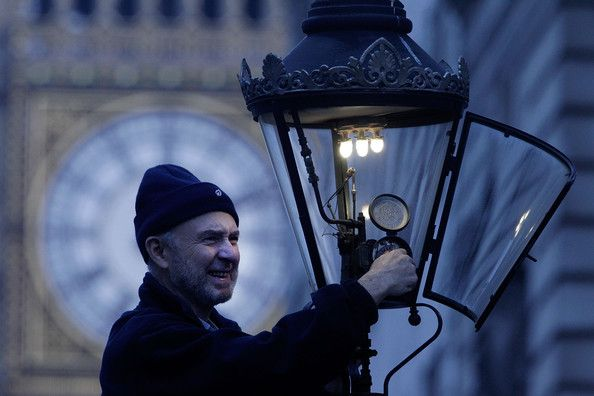 Martin Caulfield Services Some Of The Last Remaining Gas Street Lamps In The Capital (London)