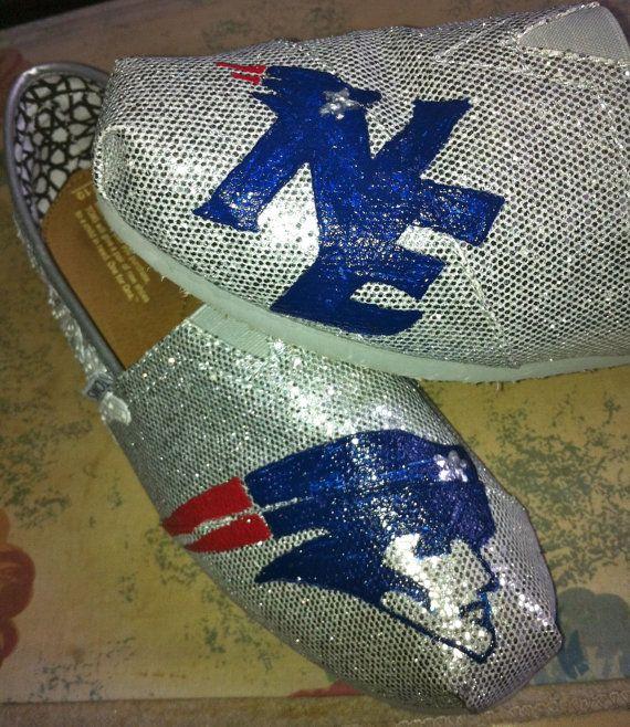 Boston Sports Teams NFL New England Patriots Custom Hand-Painted Silver Glitter Women's Flats Shoes, $107 via 'chrystenfahey' on Etsy ... (cc: @soxygeologist)