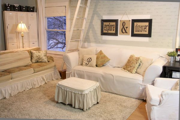 I+made+these+uplifting+wall+hangings+for+my+living+room+using+simple+burlap+covered+cardboard+and+some+old+frames+spray+painted+black.+It+was+so+easy.....anyone…