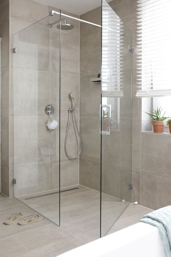 Pin by Pierrette Bernard on Salle de bain Pinterest Shower doors