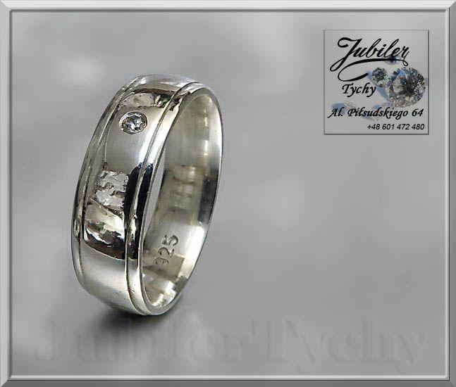 Srebrna obrączka półokrągła z cyrkonią 💎🎁💍 #Srebrna #obrączka #półokrągła #klasyczna z #cyrkonią #srebro #Ag925 #cyrkonia #Silver #wed #biżuteria #wedding #ślub #srebrne #obrączki #cyrkonie #ring #jubilertychy #wyprzedaż #Jubiler #Tychy #Jeweller #Tyski #Złotnik #Pracownia #Złotnicza w #Tychach #Zaprasza #Promocje:  ➡ jubilertychy.pl/promocje 💎
