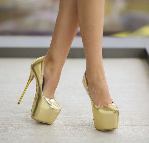 Pantofi aurii cu platforma si toc inalt subtire