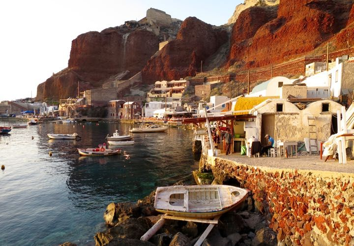 The best seafood restaurants are found in Amoudi Bay (near to Oia).