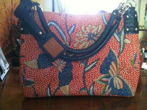 Handmade handbags genuine snake leather @etnikbyshasa
