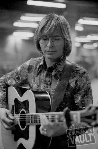 John Denver - Madison Square Garden (New York, NY) May 31, 1973