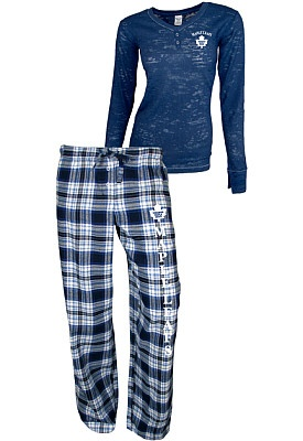 Want!! - College Concepts Toronto Maple Leafs Women's Crossroad Burnout Long Sleeve and Pant Set - Shop.Canada.NHL.com