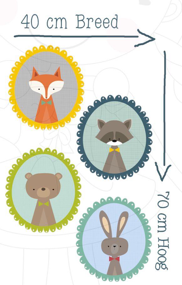Muursticker Little Friends Verschillende lijstjes met illustraties voor op de muur deur of meubeltjes van bijvoorbeeld de babykamer. Je krijgt deze op vel van 70 bij 40 cm aangeleverd.