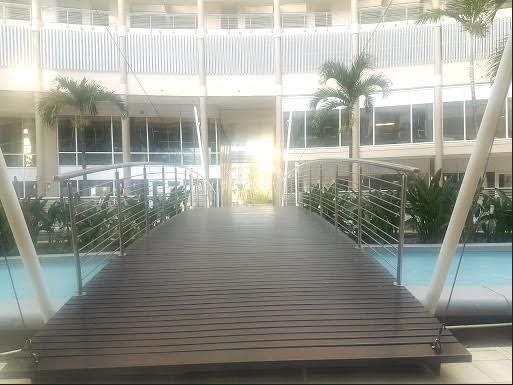 The Sails Apartment in Point Waterfront, Durban. Luxury apartment with one bedroom with a fully fitted kitchen, lounge and balcony overlooking the harbour and is walking distance to the Beach and uShaka Marine World. #Where2Stay
