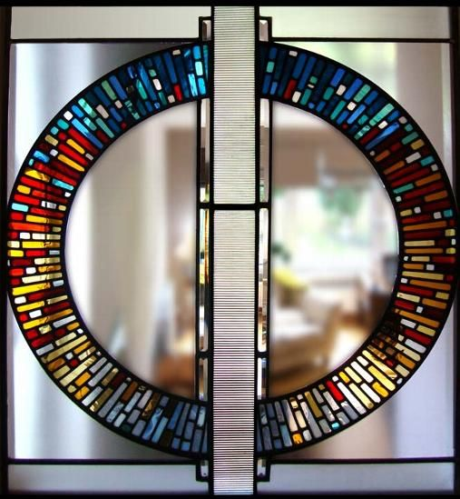 This is very pleasing. Contemporary Stained Glass - Stephen Weir Stained glass, Glasgow, Scotland