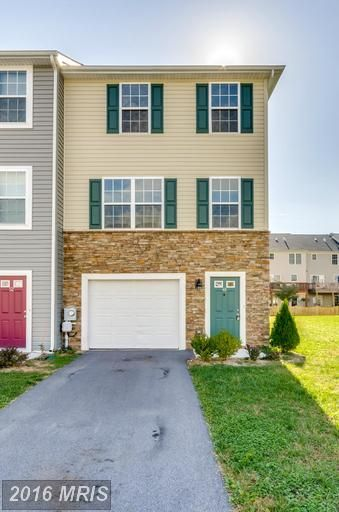 PENDING 48 CARMODY CT, MARTINSBURG, WV 25404 HUGE PRICE REDUCTION! Freshly painted, end unit in Hammonds Mill. Close to the Spring Mills schools, close to shopping in Hagerstown, Winchester, near the I-81 corridor. Come see this beautiful townhouse. At this new low price, it won't last long.