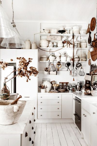[CasaGiardino]  ♛  Well-Stocked Kitchen - Why Maximalism Is The New Minimalism - Photos