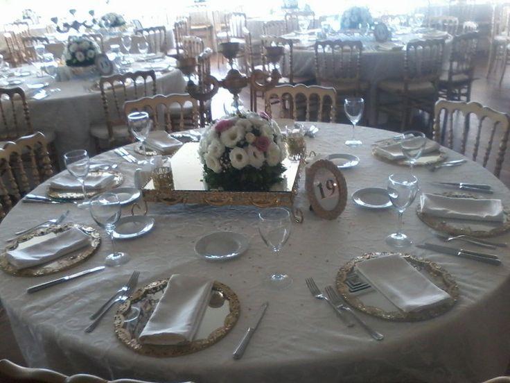Düğün Organizasyon, Şamdan süsleme , çiçek süsleme , Altın supla , Masa ortası ayna  Ceyda Organizasyon ve Davet Tel: 532 120 58 98 Whats app: 532 577 16 15 info@ceydaorganizasyon.com www.ceydaorganizasyon.com Düğün , Nişan , Söz , Kokteyl , Açılış , Sünnet , Doğum günü , Süsleme Organizasyon