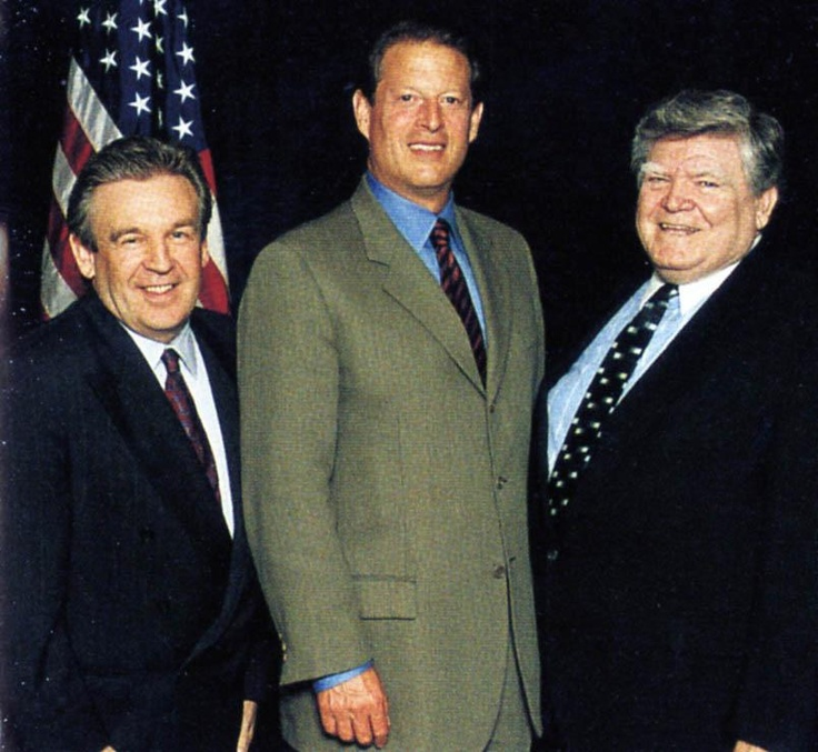 a biography of al gore a vice president of the united states Vice president al gore distinguishing himself as a democratic leader by beth rowen the vice president has been a washington insider all his life his father, al gore, sr, was also a senator on super tuesday in 1988 he won the primaries in five southern states, but he wasn't able to maintain.
