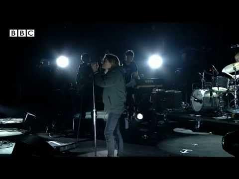 Portishead - We Carry On at Glastonbury 2013 - YouTube