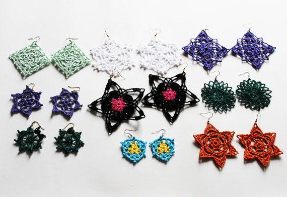 Orecchini all'uncinetto, perfetti per l'estate! Richiedi il tuo ordine personalizzato // Crochet earrings, perfect to rock your summer! CUSTOMIZABLE: contact us! #earring #earrings #crochet #uncinetto #orecchini #summer #outfit #matchingearrings #matching #accessories #accessori #fashion #matchymatchy #colorful #ideas #gift #idee #regalo #girl Visit our shop at etsy.com/shop/gioiedigrazia