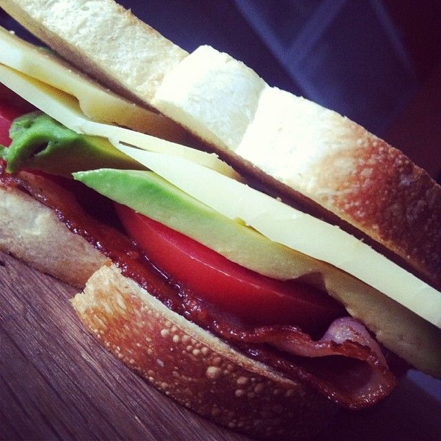 Simple but scrumptious lunch: bacon, avocado, tomato and cheddar sandwich. #cdncheese #simplepleasures