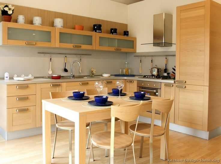 light colored kitchen cabinets contemporary kitchen decorating - Kitchen Design Ideas With Oak Cabinets