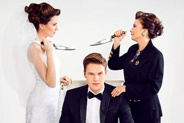 Я, он и его мама. Добрый день. этой осенью мой парень, с которым встречаюсь уже 5 лет сделал предложение. Это был радостный момент, до тех пор пока речь не зашла о свадьбе. Я всегда считала, что свадьба в первую очередь праздник для жениха и невесты, и они должны организовывать его так как им это нравится... http://www.pcnp.ru/teksty/otvety-psikhologov/ya-on-i-ego-mama.html #СемейнаяЖизнь #БудущаяСвекровь #ЕленаБабиевская #ВнешняяАгрессия #Семья #Свадьба #РекомендацииПсихолога…