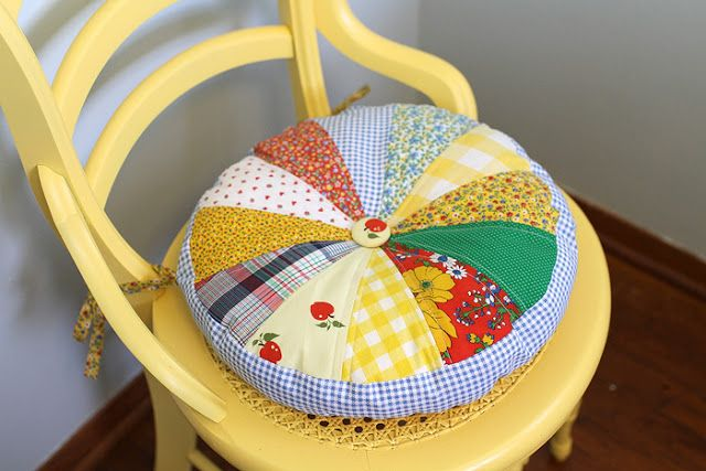 Yellow Suitcase Studio: Round Quilted Chair Cushion-- do this version w/o ties
