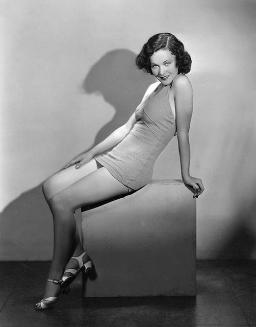 Maureen O Sullivan __ Maureen Paula O'Sullivan (17 May 1911 – 23 June 1998) was an Irish actress best known for playing Jane in the Tarzan series of films starring Johnny Weissmüller.