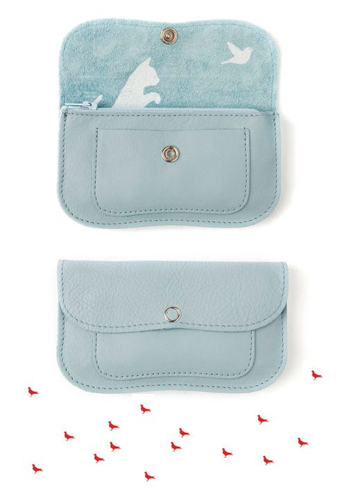 Giveaway – Handmade leather bag and wallet set by Keecie Fine Little Day