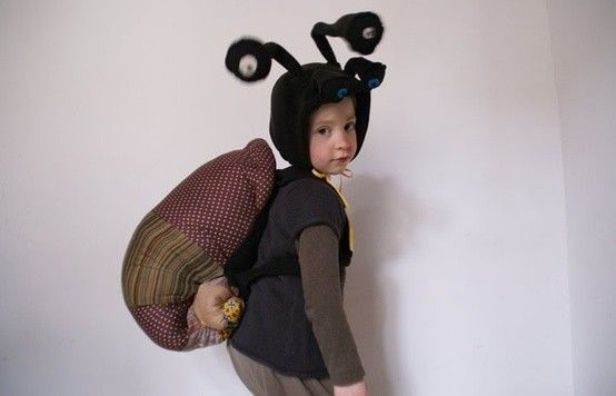 Snail costume by Ateliers Reinette